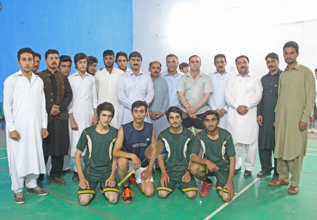 Degree college Mingora wins BISE badminton tournament
